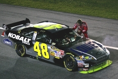 Hattrick voor Jimmie Johnson. Carl Edwards wint Homestead