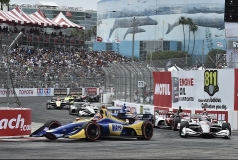 Alexander Rossi pakt de pole in Long Beach
