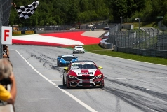 Schrey/Jäger winnen ADAC GT4 Germany op de Red Bull Ring